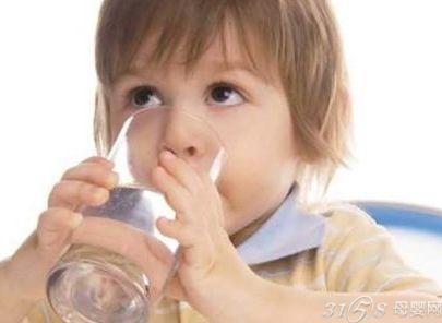 冬天孩子不爱喝水怎么办
