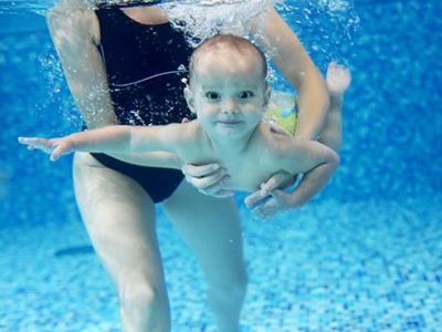 开婴儿游泳馆可以赚钱吗