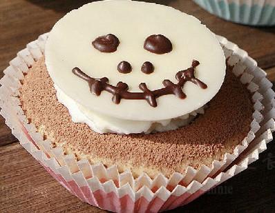 可爱迷你超级万圣节蛋糕