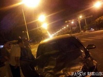 威海经区青岛中路发生严重车祸事故原因及5人死亡