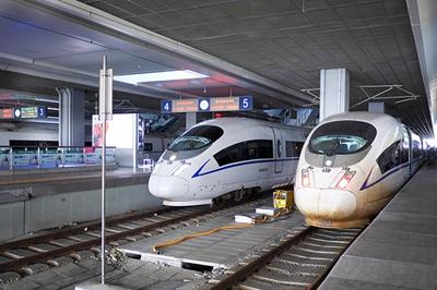 济南开往重庆方向高铁始发时间是什么时候