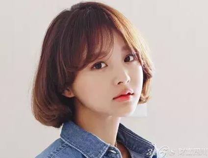 短发怎么卷最好看 今年四种韩国女生最流行时尚的短发卷发图片 短发哪图片