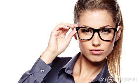 宝岛眼镜加盟开店全部费用是多少钱