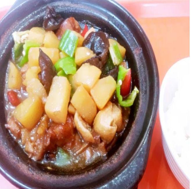 杨铭宇黄焖鸡米饭好不好