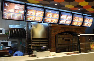 华莱士快餐店加盟赢得创业者信赖  随着社会生活节奏的加快,在中式图片