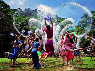 少数民族傣族民族风俗