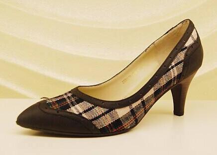 哈森女鞋_真美诗女鞋图片 国内女鞋品牌有哪些