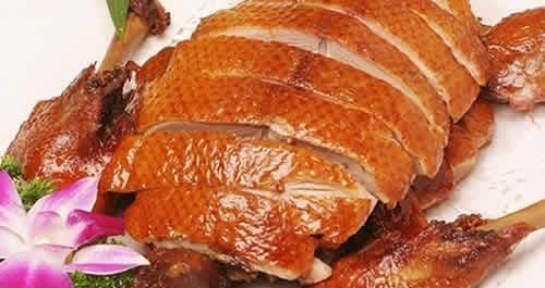 劝君上一次当品一次烤鸭_御麦香烤鸭烤制过程直观,一目了然,使产品更卫生,更健康,更安全.