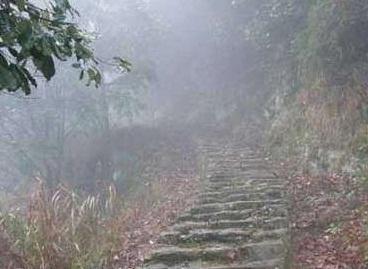 福建旅游景点南阳罗岩庙