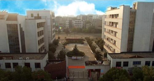 已建成鄂州市一中电视