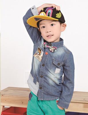 """童装引进韩国潮流的的设计风格,以""""个性,舒适,绿色,环保""""为四季着装"""