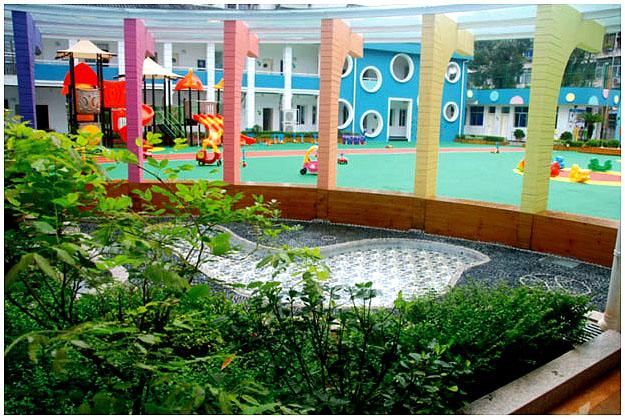 金太阳旗下的金太阳国际新城幼儿园占地超过16亩,总建筑面积超12000