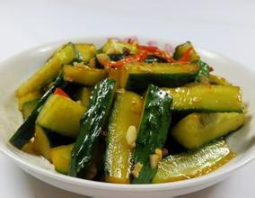 精品川菜凉菜图片 之凉拌黄瓜红椒