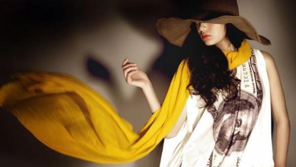 艾维斯围巾 掀起东方女性配饰新风尚