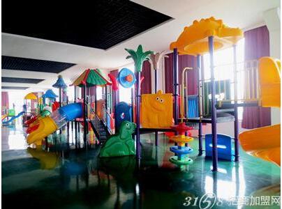 淘嘻乐儿童乐园就是一个有各种玩具而且能确保孩子安全的游乐场.