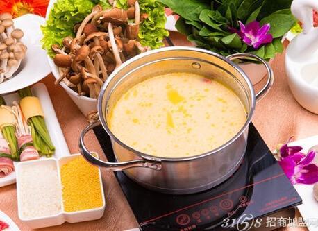 传承重庆地道老火锅精髓和北方清汤火锅传统技法,古老配方,手工打料