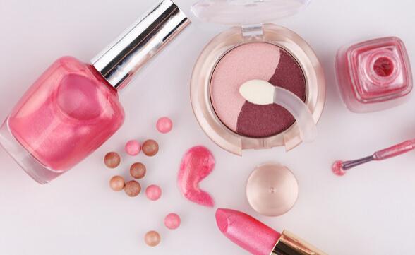 化妆品加盟店有哪些 绿色化妆品加盟店受追捧
