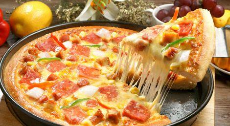 為什么當問及十字路口店鋪適合開什么店的時候,小編回答說來吃披薩