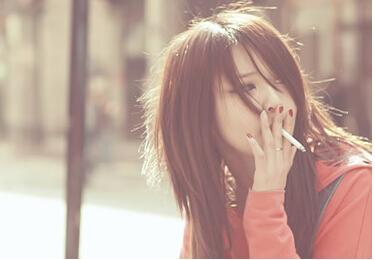 抽烟会让皮肤
