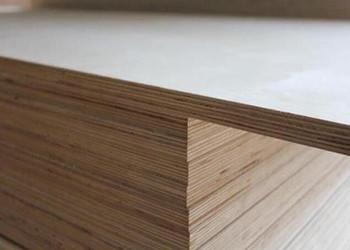 买90多万买的实木家具竟是人造木!