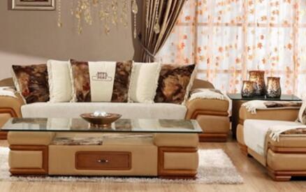 皮沙发本来就比较简单,最好还是选择手感好一些的坐垫布料.