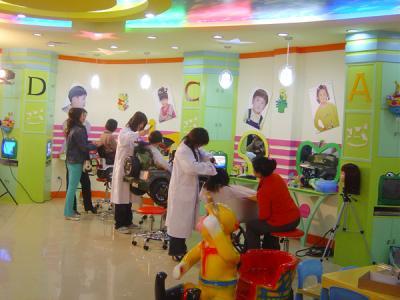 小儿廊儿童理发店总部在哪?