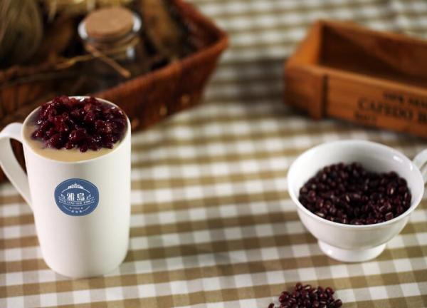 雅岛英皇茶加盟总部有什么支持?