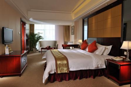 维也纳酒店加盟挣钱吗?