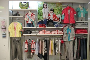 巴拉巴拉童装店加盟可以吗?