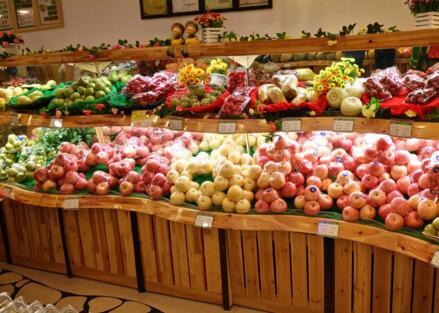 百果园水果店一个月纯利润大概多少?