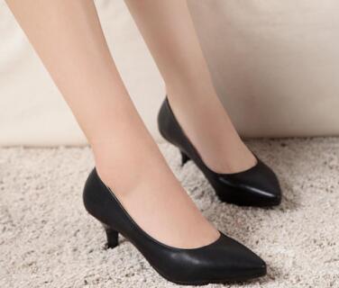 达芙妮女鞋加盟条件是什么及加盟费用多少?