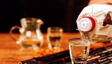 白酒中不能加糖,它的甜味从哪来?