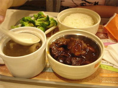 快餐加盟选择东方既白餐饮怎么样
