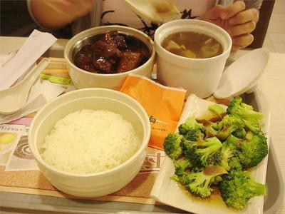 东方既白餐饮在国内的口碑怎么样