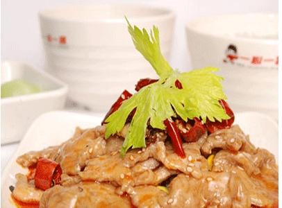 餐根据大江南北的饮食习惯差异,组织了一批饮食专家对不同地域的