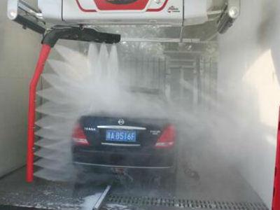 洗车店加盟就选水斧洗车