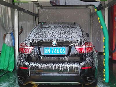 雷龙洗车机器人
