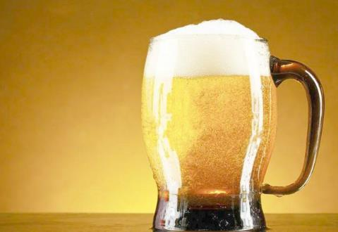 自酿啤酒品牌加盟哪个好?赞啤精酿鲜啤市场商机大