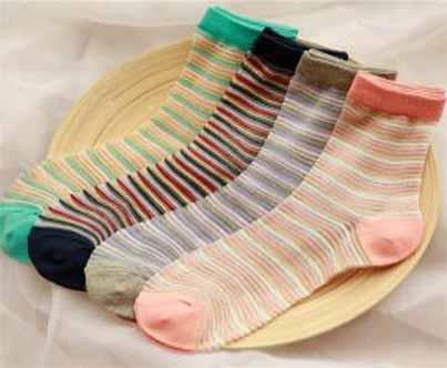 小县城开家乾美袜业店要多少钱
