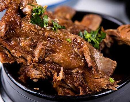 锅得缸坛子焖肉古法焖制新食代