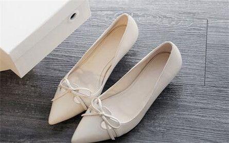 比爱靓点女鞋
