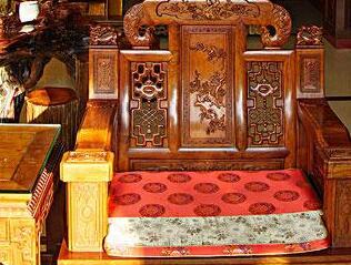 你知道雍尊红木家具吗?