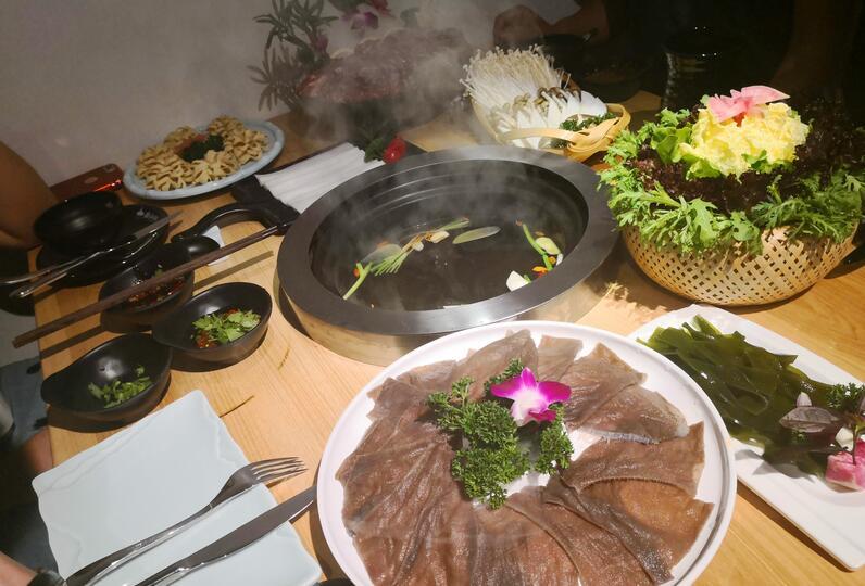 腩潮鲜牛腩火锅加盟怎么样