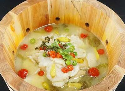 鱼你相伴喷泉鱼火锅