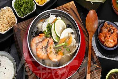 特色石锅饭加盟 代理食趣石代轻松开一家