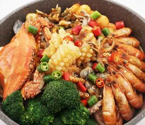 燜掌柜-海鮮燜鍋