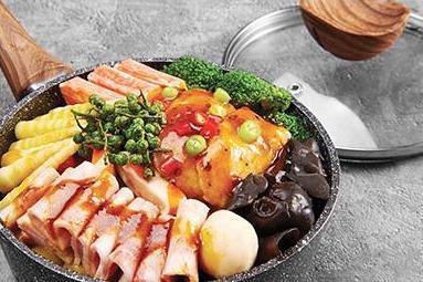焖掌柜焖锅-美味牛肉焖锅