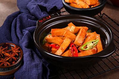 锅先森台湾卤肉饭快餐加盟费多少?有什么加盟条件