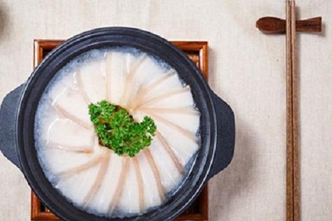 开个黄焖鸡米饭实体店多少钱 食必思利润大吗