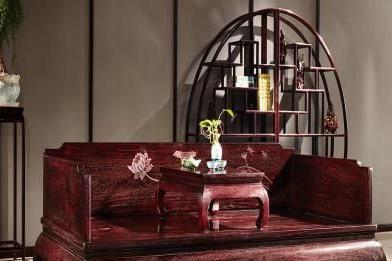 現在如何選擇項目 榮燊堂紅木家具給你答案